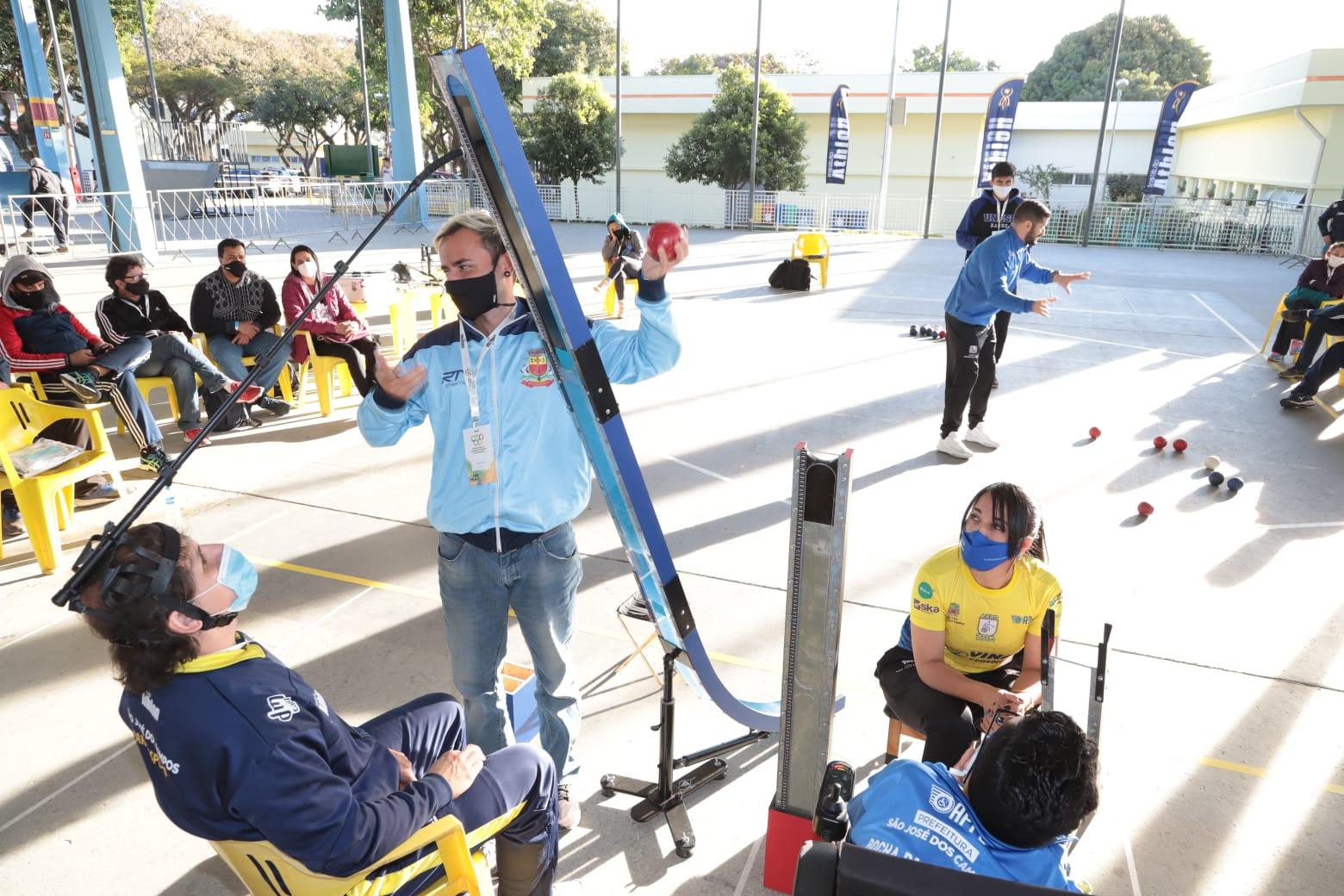 Governo de São Paulo inicia capacitação de professores de educação física nas modalidades paralímpicas em Marília